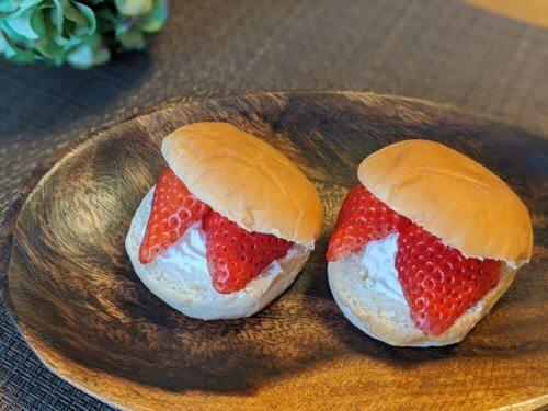 クリームパンショートケーキ